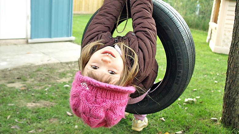 Klettergerüst Aus Reifen : Bester papa eine reifenschaukel bauen für die kids väterseite